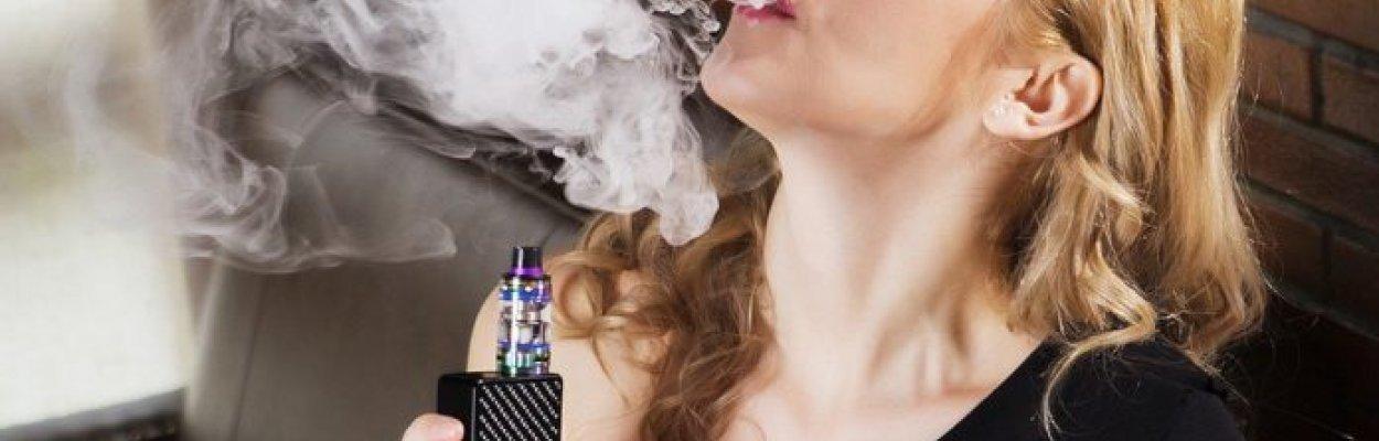 Sigaretta elettronica: cos'è e come funziona. Fa davvero male?
